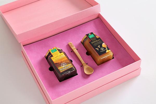 上海印刷厂介绍翻盖包装盒的做法