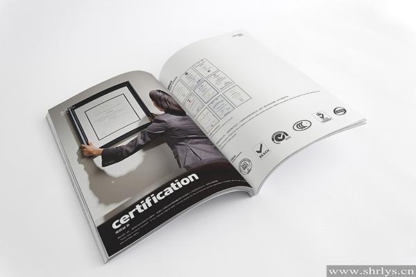 上海印刷厂画册印刷制作时要注重的细节